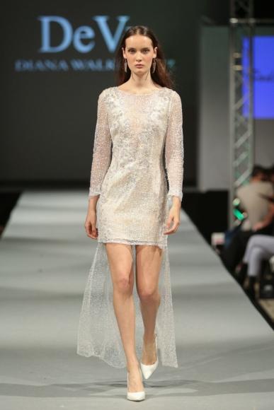 Suknia krótka cekinowa z odpinanym ogonkiem