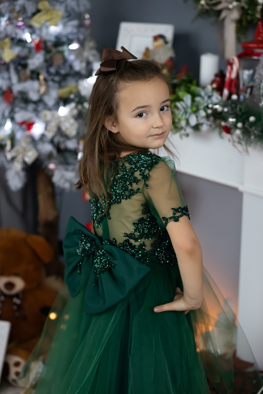 1 Tina – a festive princess