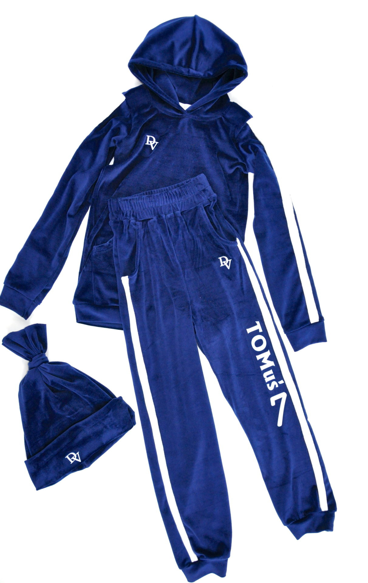 Personalized tracksuit with your name! Free cap!