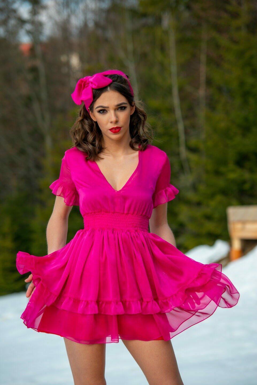2021 Sukieneczka amarantowa słodycz