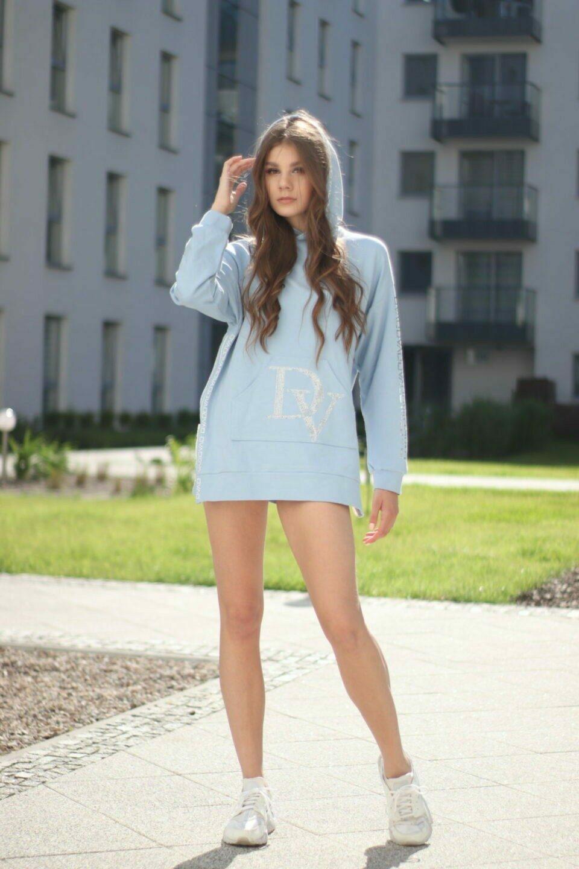 2021 Summer Dream Baby Blue / długa bluza